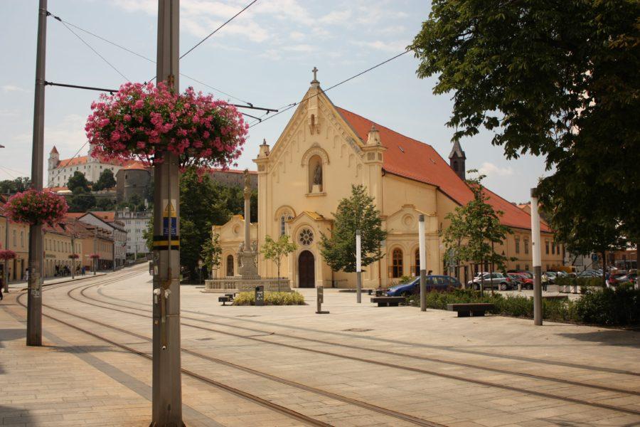 Călătorie la Bratislava, Slovacia