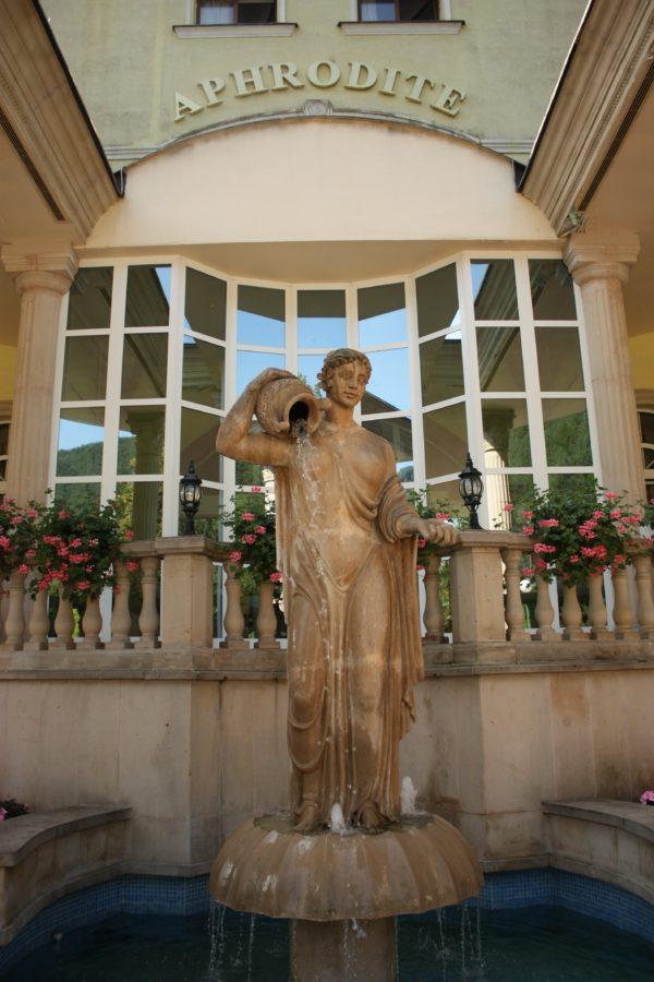 Statuie Afroditei în Rajecke Teplice, Slovacia
