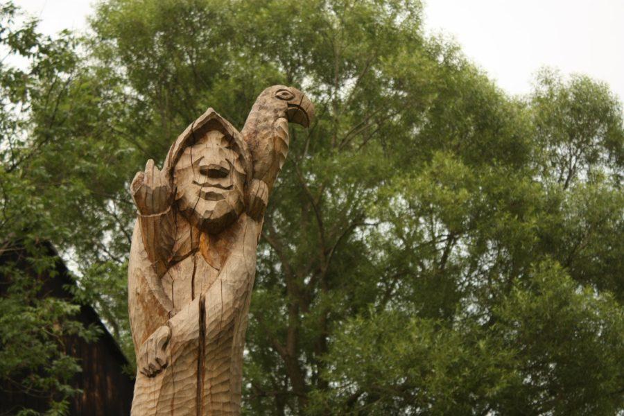 Statuie din lemn la Vlkolinec, Slovacia
