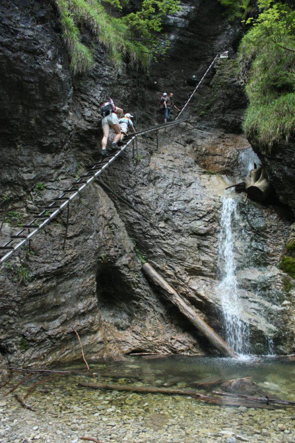 Traseu cu scări pe stanci, Slovensky Raj, Slovacia