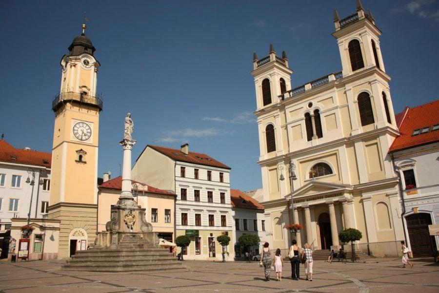 Biserica Sf. Francis Xavier, Banska Bystrica, Slovacia
