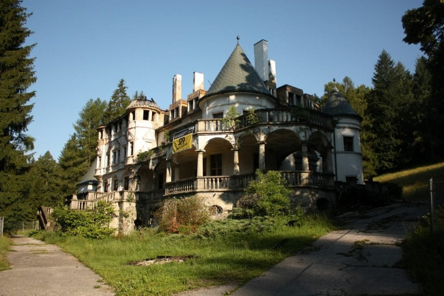 Conacul bântuit din Kunerad, Slovacia