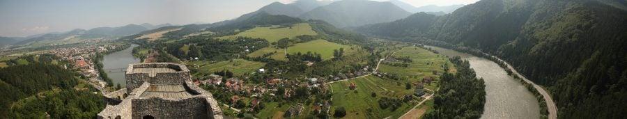 Priveliștea din castelul Strecno, Slovacia