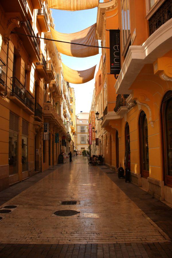 Stradă comercială în Malaga, Spania