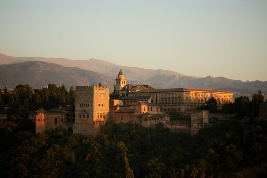 Alhambra la apus, Granada, Andaluzia