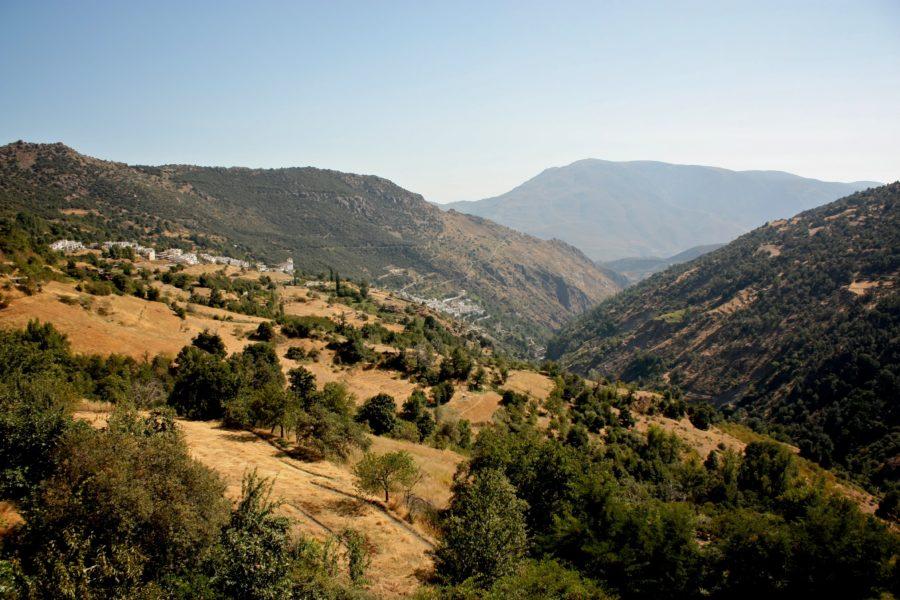 Alpujarra vazut din Capileira, Spania