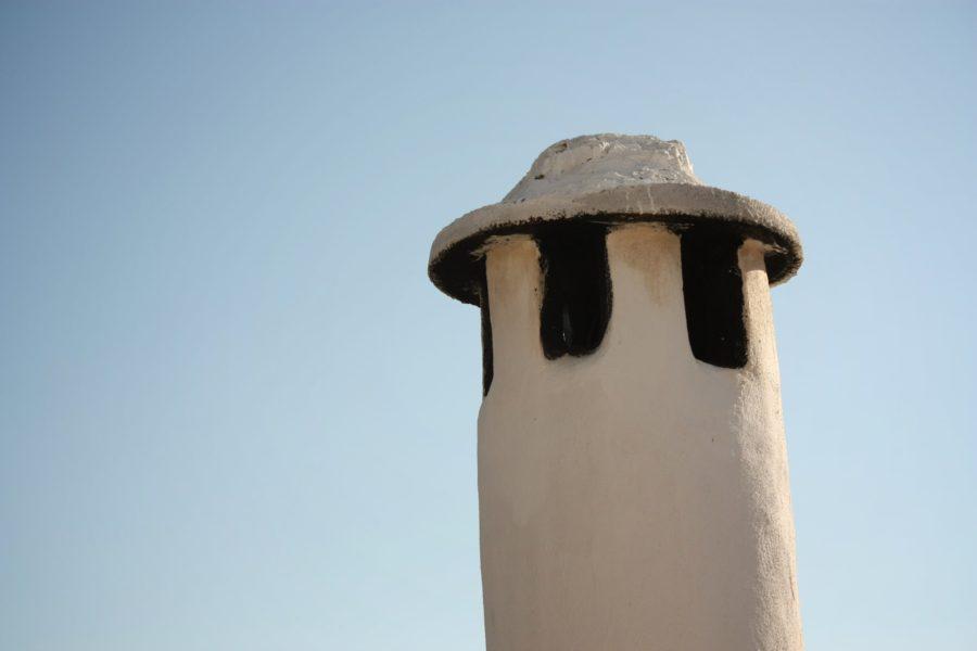 Cos de fum, sat alb, Andaluzia