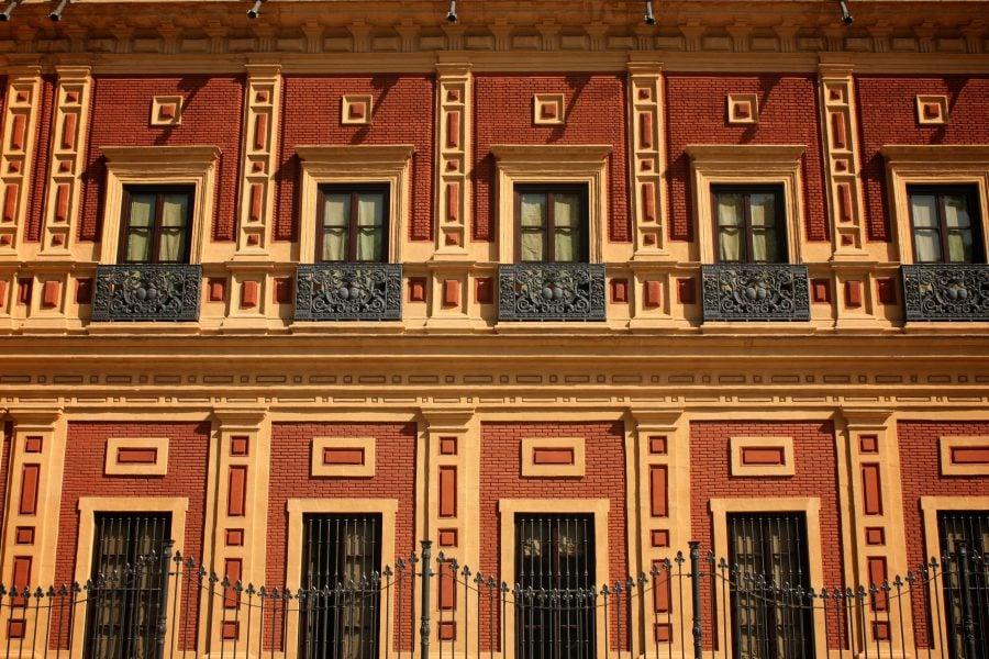 Detalii ale fațadei Palatului San Telmo, Sevilia