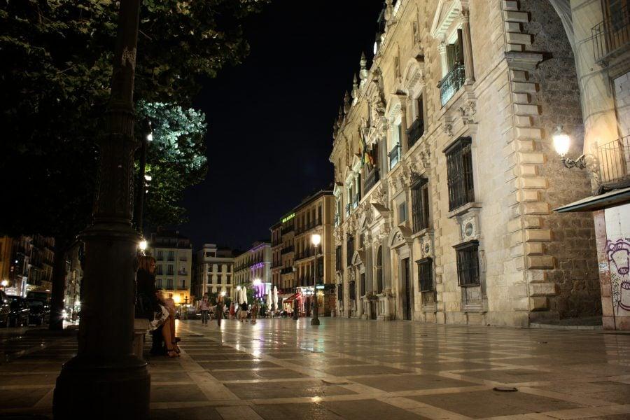 Plaza Nueva noaptea, Albaicin, Granada