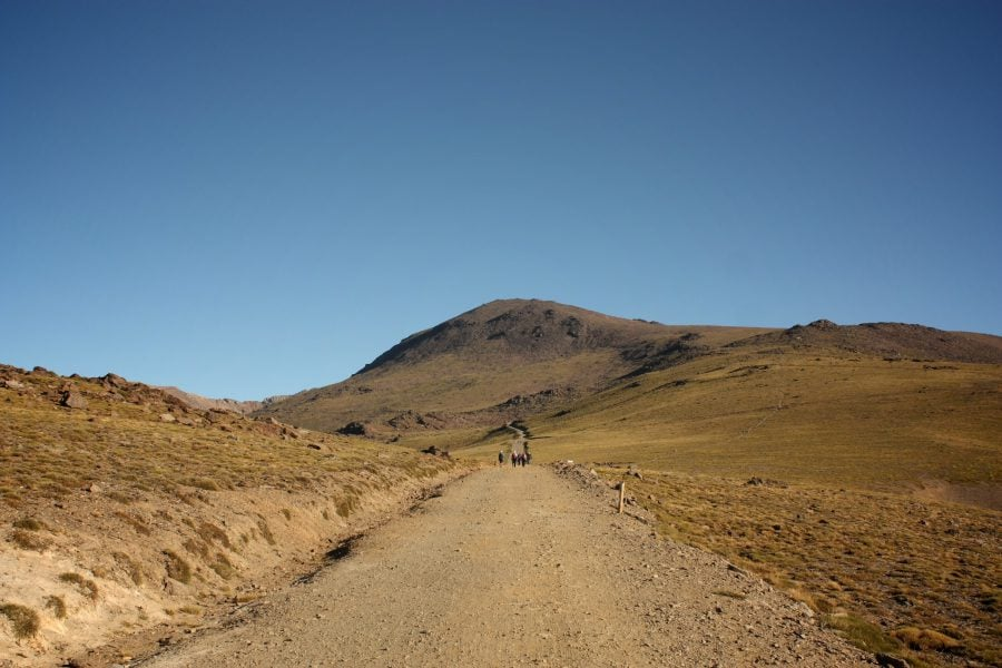 Plimbare în Parcul Național Sierra Nevada, spre varful Mulhacen
