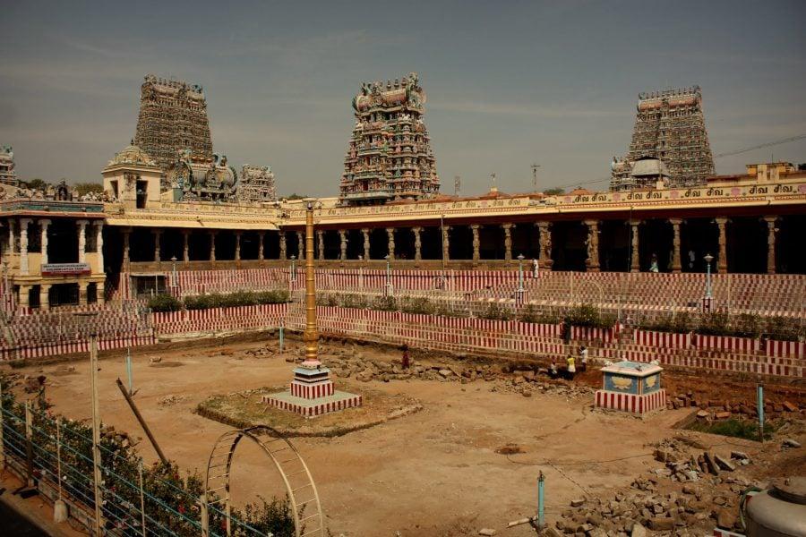 Bazinul Lotusului de Aur, templul Sri Minakshi, Madurai, Tamil Nadu, India
