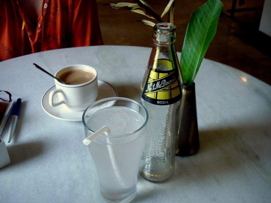Ceai Masala și Ginger Lime Soda în Cartierul Evreiesc, Fort Cochin, Kerala