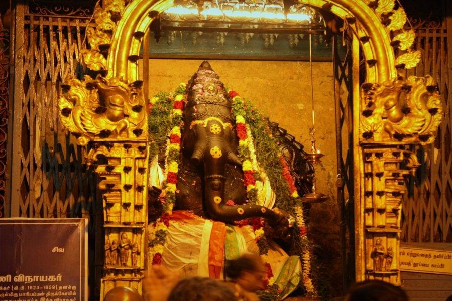 Ganesh îmbrăcat, Templul Sri Minakshi, Madurai, Tamil Nadu, India