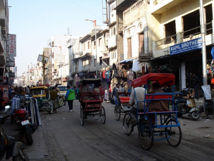 Main Bazar în cartierul Paharganj, Old Delhi, India