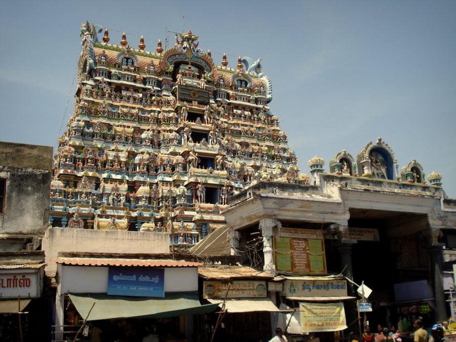 Poarta de intrare în templul Nelaiyappa, Tirunelveli, Tamil Nadu, India