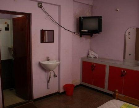 Hotel Sri Muthu Lodge - camera dubla 2, Thanjavur, Tamil nadu, India