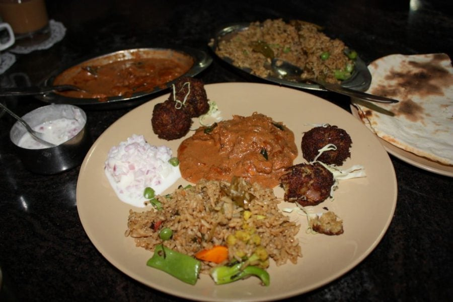 Mutton Masala, Mutton Kola Urundai, Vegetable Briyani si Naan, Tamil Nadu, India