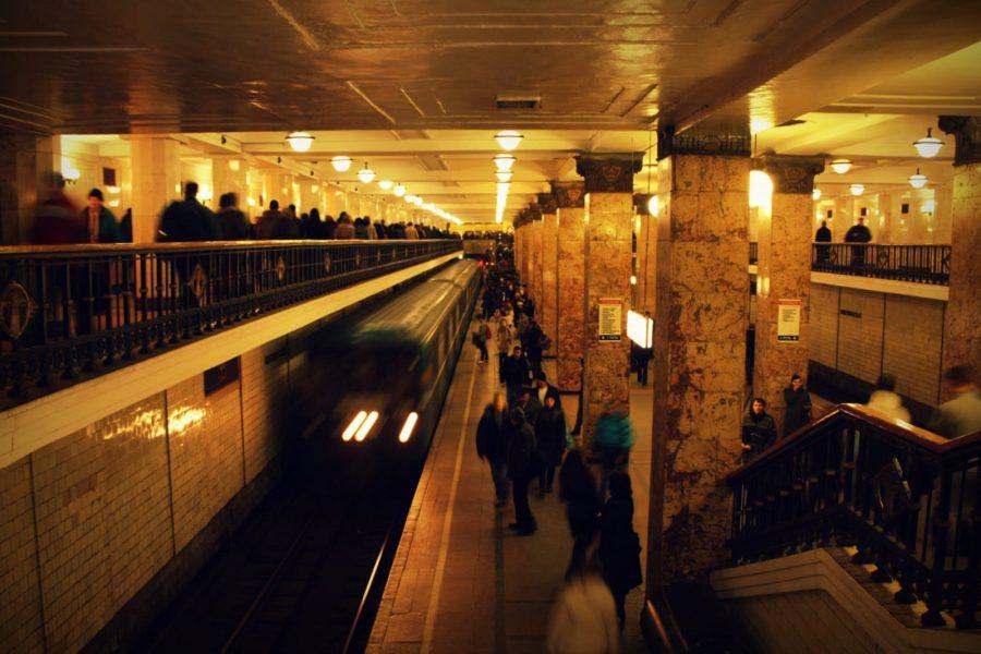 Pasaj Komsomolskaya, metroul din Moscova