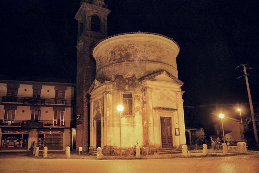 Sanguinetto noaptea, Verona, Italia