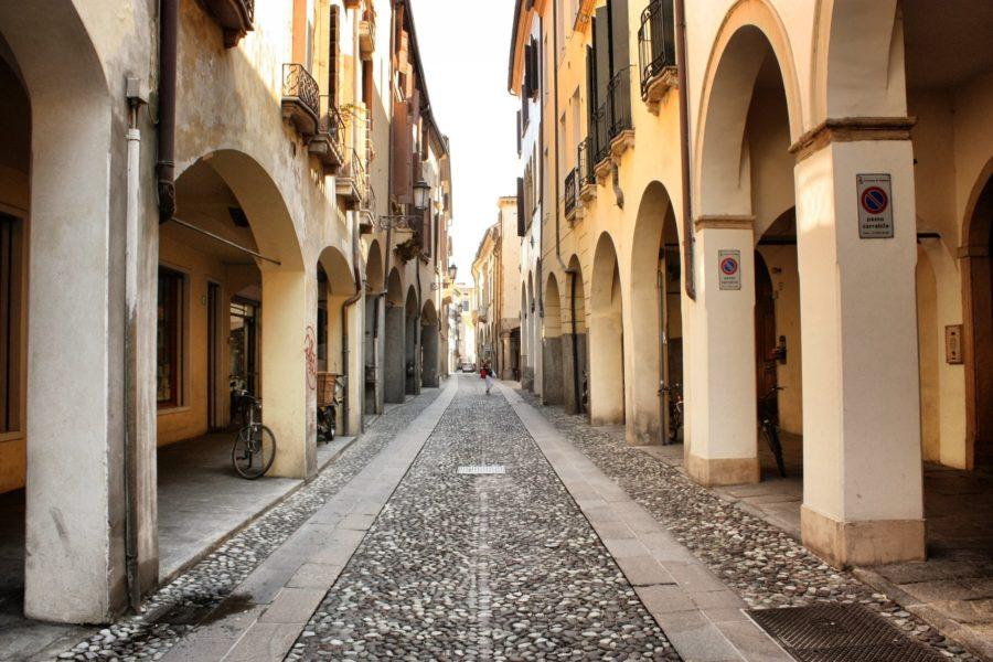 Strazile din Padova, Italia