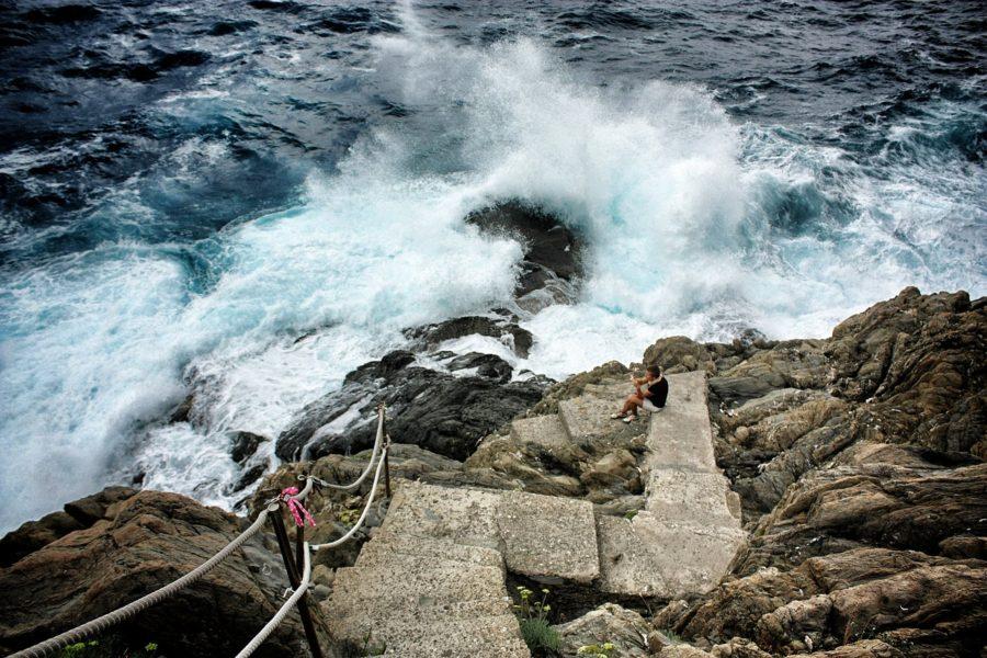 Mediterana înspumată vazută de pe Via dell'Amore, Cinque Terre