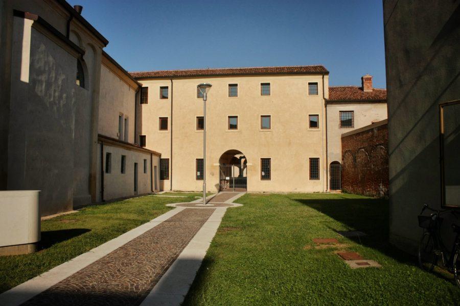 Curte interioara castel, regiunea Verona, Italia
