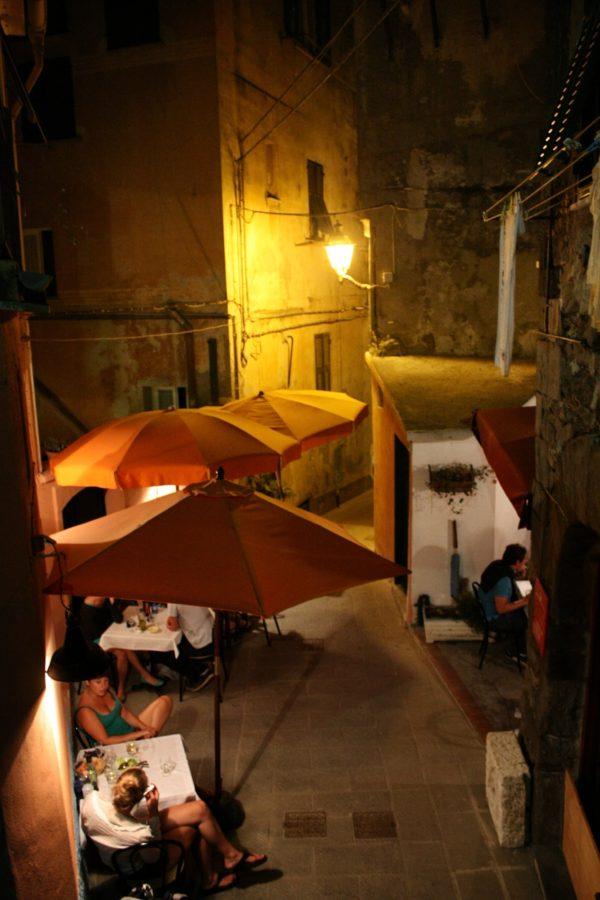 Terase pe strazile din Vernazza, Cinque Terre