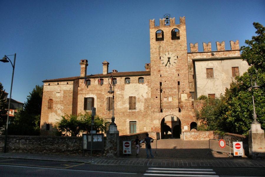 Caste în Italia, Sanguinetto, Verona