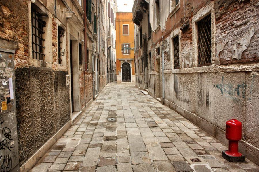 Străzile pavate ale Veneției