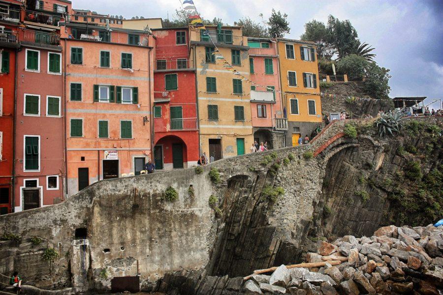 Clădiri colorate în Cinque Terre, Italia