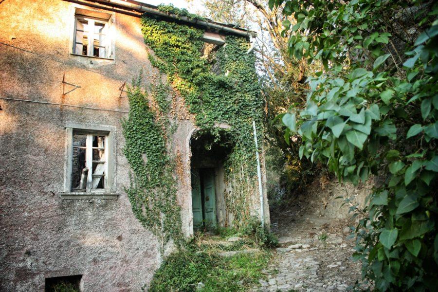 Borgo italian, Liguria, Italia