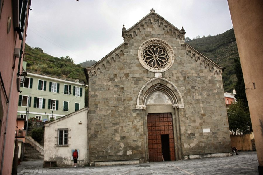 Biserica din Manarola, Cinque Terre, Italia