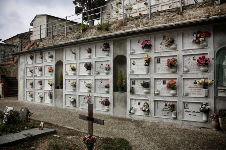 Cimitir italian în Manarola, Cinque Terre, Italia