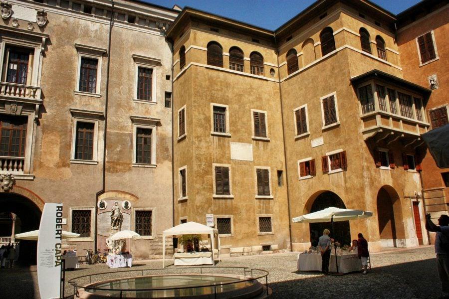 Piazza dei Signori, Verona, Italia
