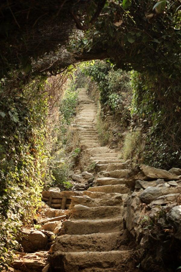 Scari pe traseul dintre Monterosso si Vernazza, Cinque Terre, Italia