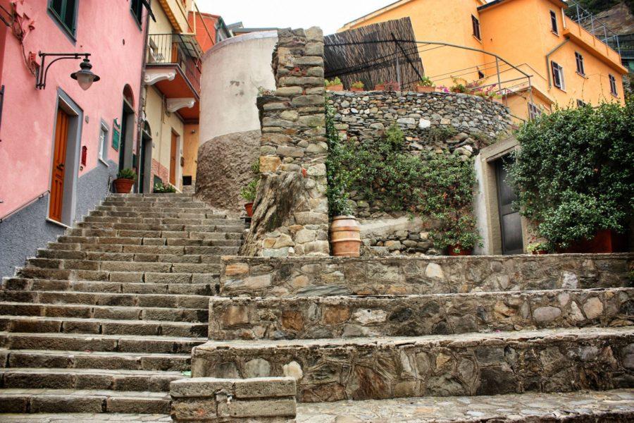 Străzi-scări în Manarola, Cinque Terre, Italia