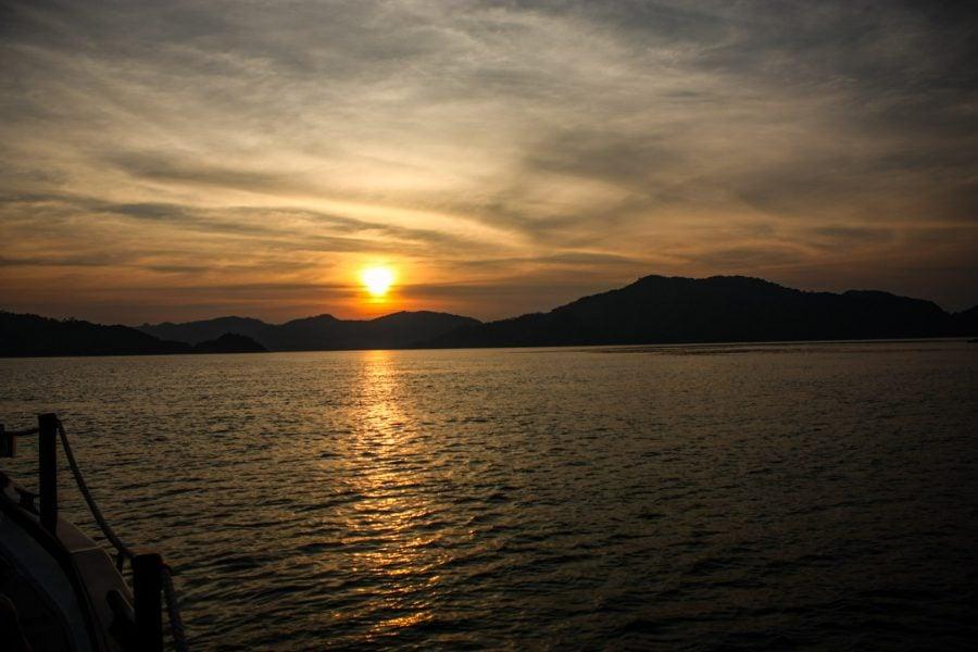 Asfințit în Langkawi de pe barcă