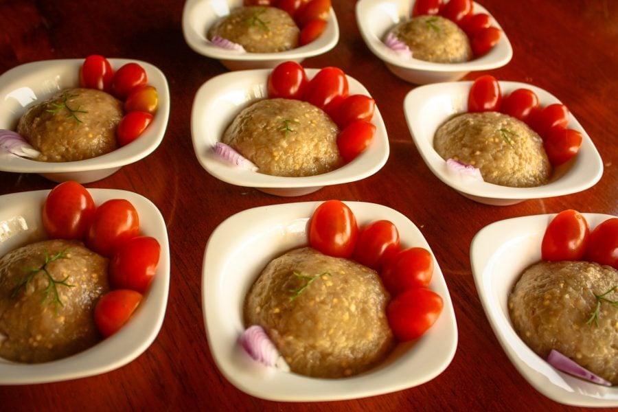 Salată de vinete în castronele