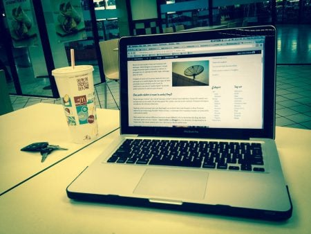 MacBook la McDonalds