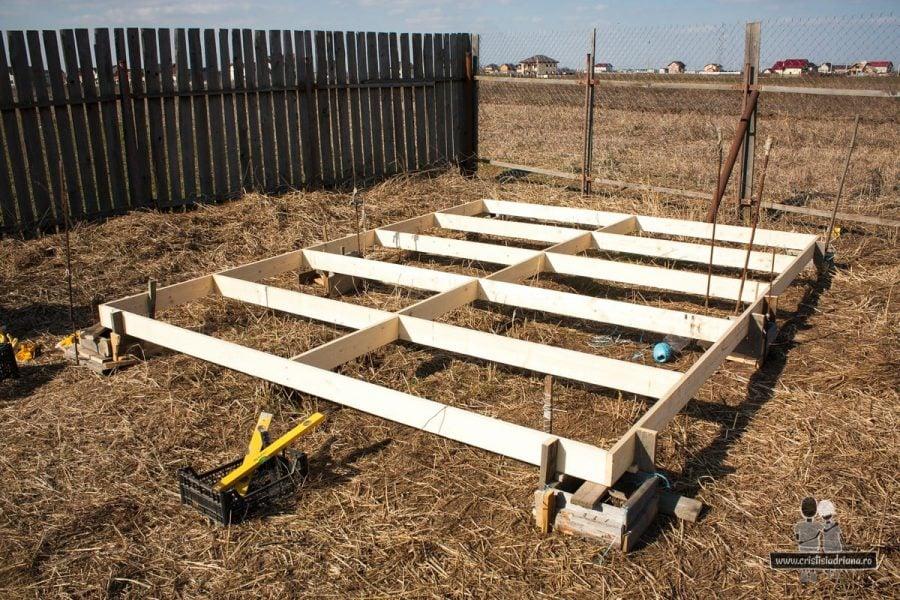 Podea de lemn pentru foișor de grădină