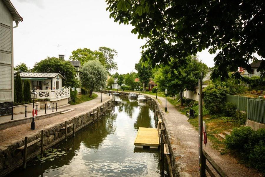 Pod peste canal în Trosa, Suedia