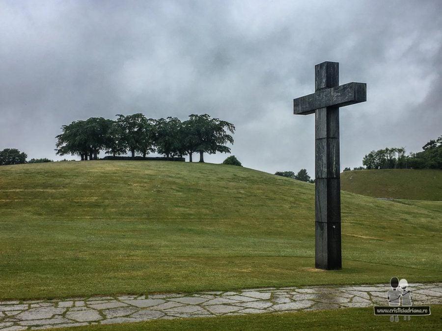 Cruce în cimitirul Woodland