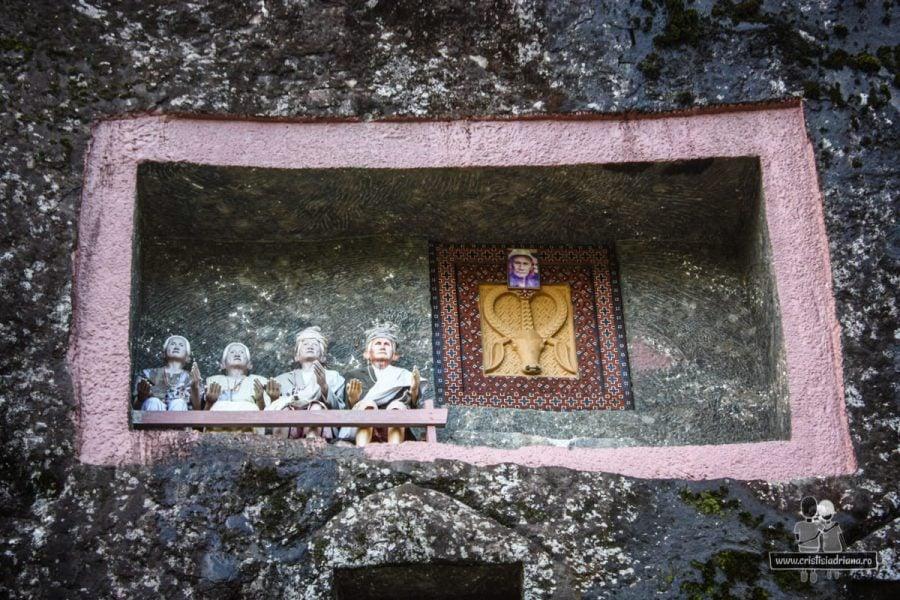 Păpuși funerare în Tana Toraja
