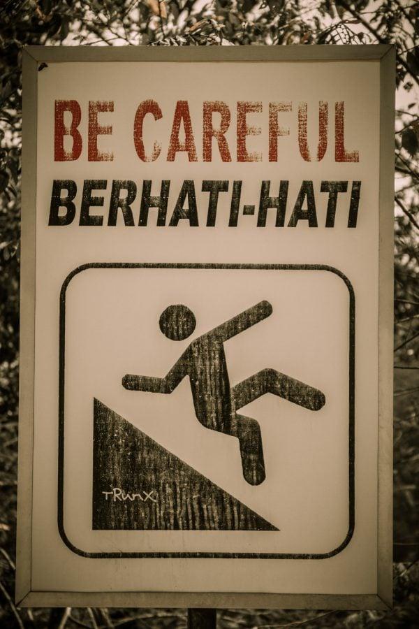 Berhati-hati