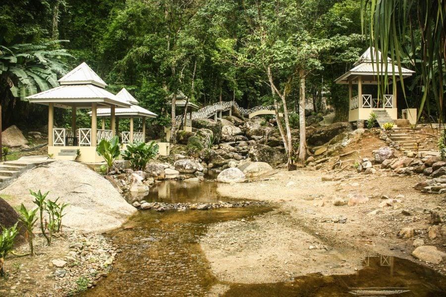 Cascada Durian Perangin