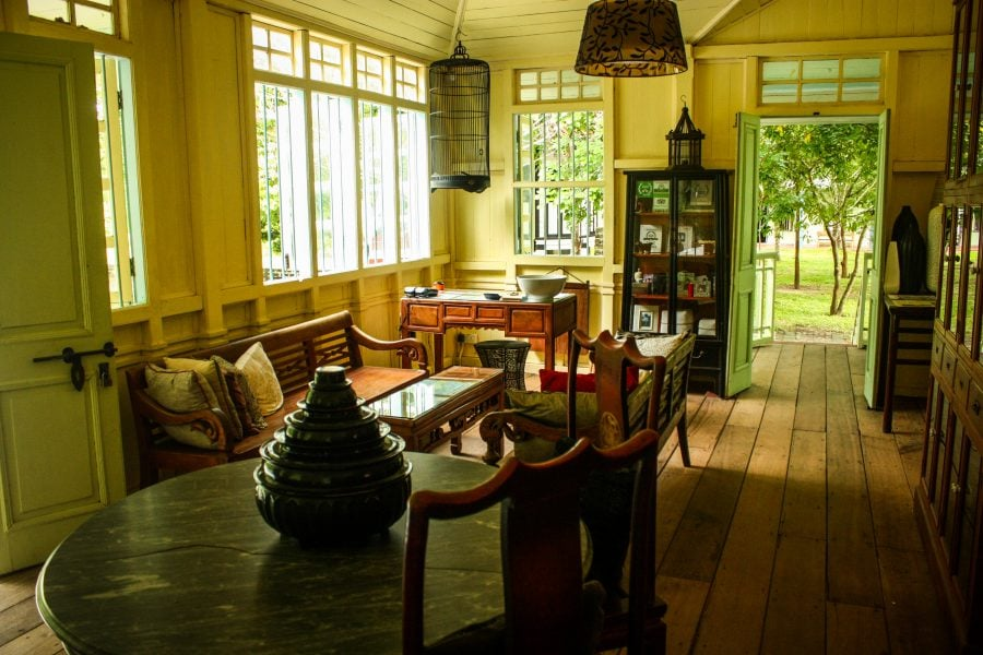 Interior casă Bon Ton