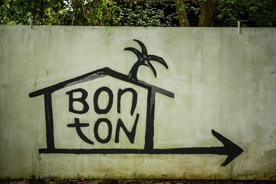 Intrarea în Bon Ton, Langkawi