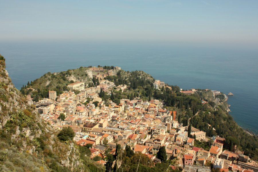 Priveliște asupra Taorminei, Sicialia
