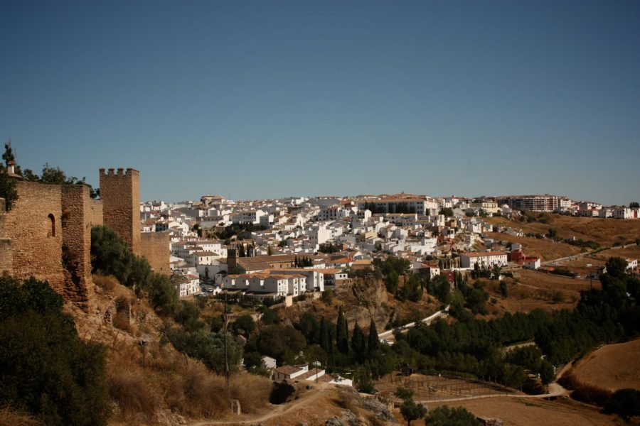 Priveliște asupra unui sat alb din sudul Spaniei, Ronda