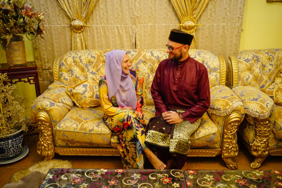 Traditional clothes in Brunei